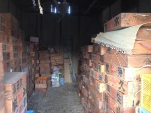 IMG_2349 寺の後ろ みかん倉庫