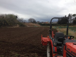 IMG_2635 オーナー園ジャガイモ耕運 終わりました